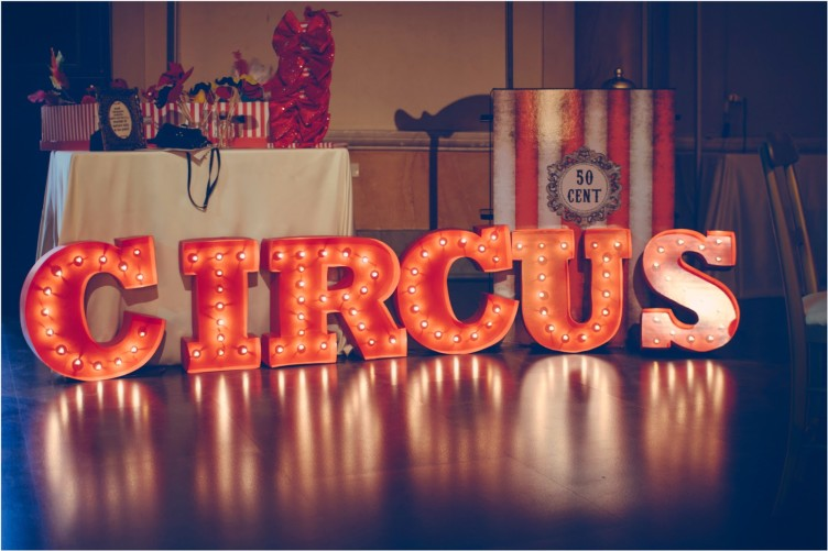 light the monday 4 comeleciliegie circus