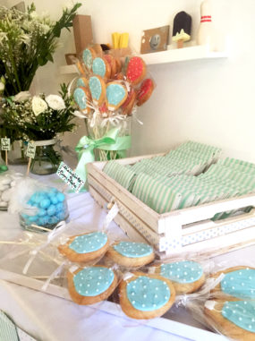Battesimo tema mongolfiera biscotti e confetti