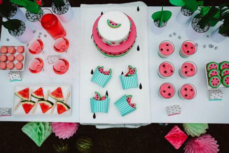 watermelon party festa tema angurie tavolo allestito