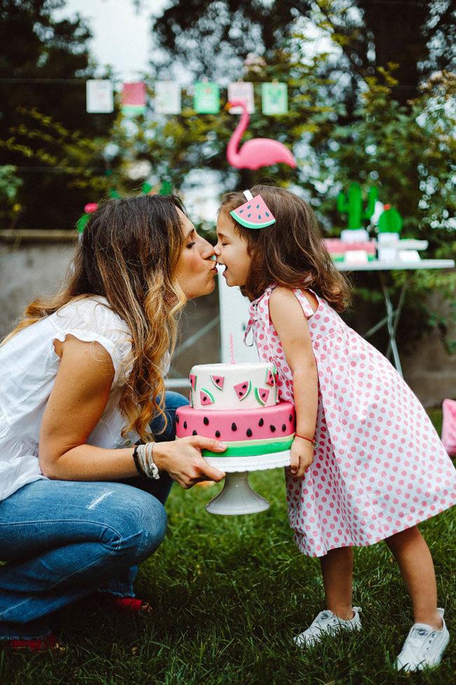 watermelon party festa tema angurie bacio mamma figlia