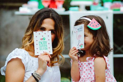 watermelon party festa tema angurie mamma figlia giocano