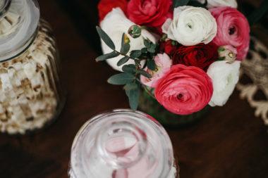 Dessert table ciliegie vasetti di vetro