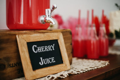 Dessert table ciliegie quadro cherry juice