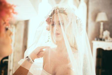 circus-wedding-preparazione-sposa-velo