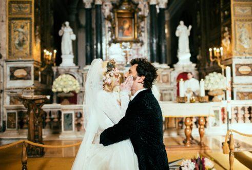 circus-wedding-bacio-in-chiesa