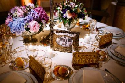 circus-wedding-segnatavolo-cornice-vintage