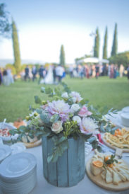 matrimonio romantico in umbria giardino location