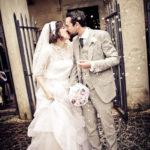 matrimonio vintage bacio sposi