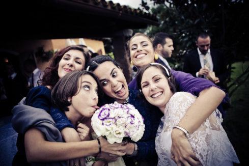 matrimonio vintage bouquet sposa amiche