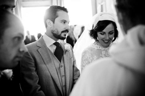 matrimonio vintage sposi in chiesa