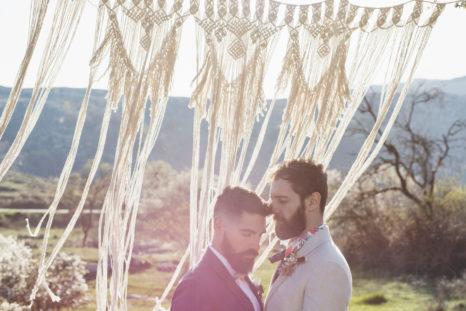 elopement-in-sextantio-coppia-gay-macrame