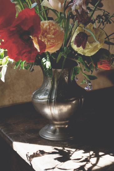 elopement-in-sextantio-dettaglio-vaso-fiori