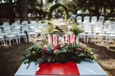 tropical-wedding-altare
