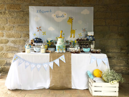 battesimo-a-tema-giraffa-dessert-table