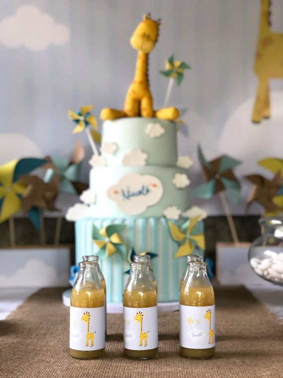 battesimo-a-tema-giraffa-dettaglio-bottiglie-succo