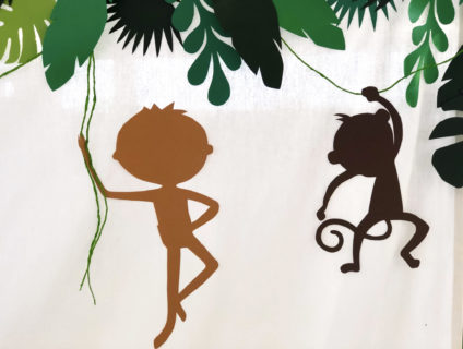 tarzan-party-backdrop-scimmia
