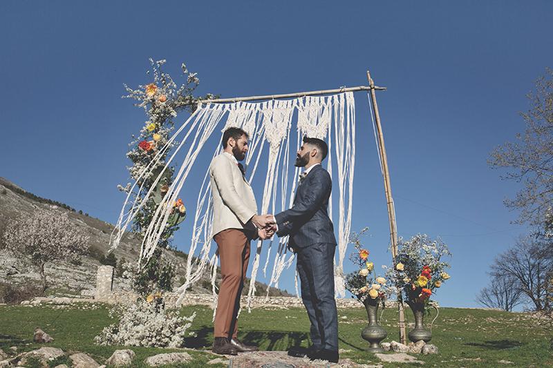 cerimonia boho matrimonio intimo
